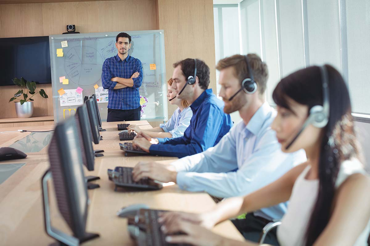 How to give great customer service with a distributed team
